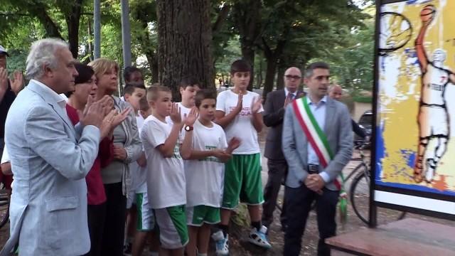 Una targa in ricordo di Teo Bertolazzi in Cittadella a Parma